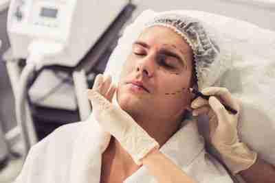 Blefaroplastia en hombres