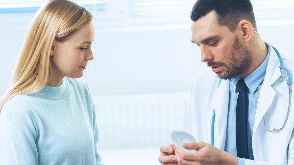 10 mitos de cirugía estética de pecho