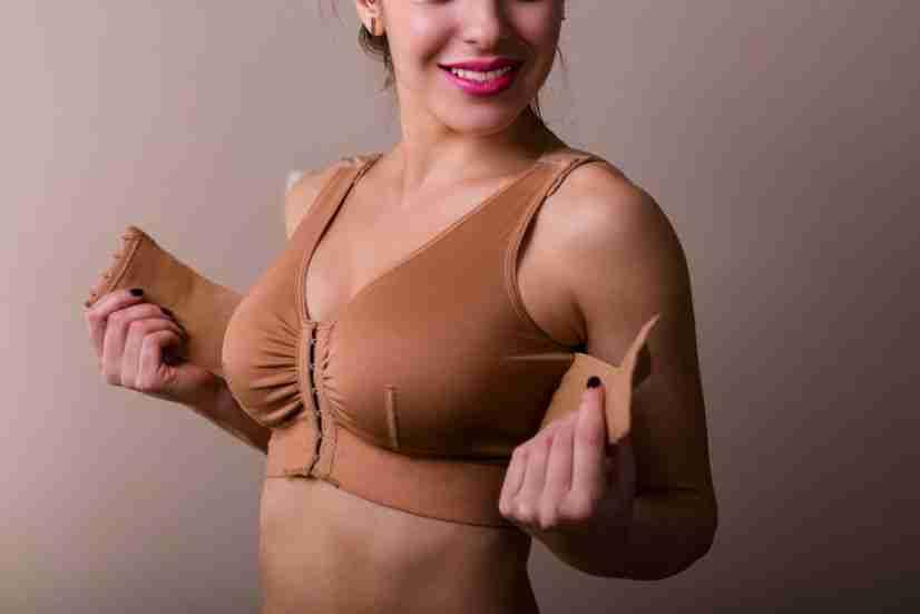 Sujetador tras mamoplastia